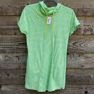Title Nine Dress NWT Medium lime pockets in front